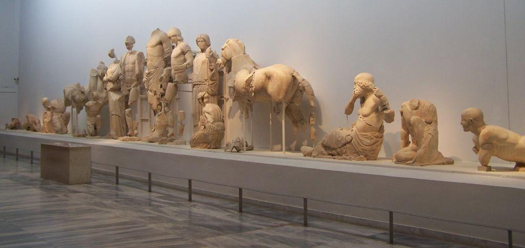 oostgevel tempel Zeus