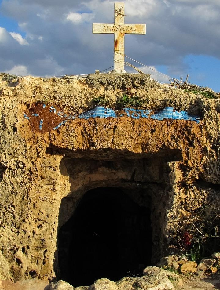 Ahias Thekla catacombe